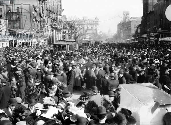 SUFFRAGE PARADE, 1913 Crowd of spectators on Pennsylvania Avenue watching the women's suffrage parade held in Washington, D.C., 3 March 1913.