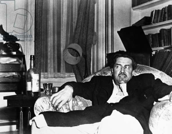 FILM: LOST WEEKEND, 1945 Ray Milland as the alcoholic writer in 'The Lost Weekend' directed by Billy Wilder, 1945, after Charles R. Jackson's novel of the same name.