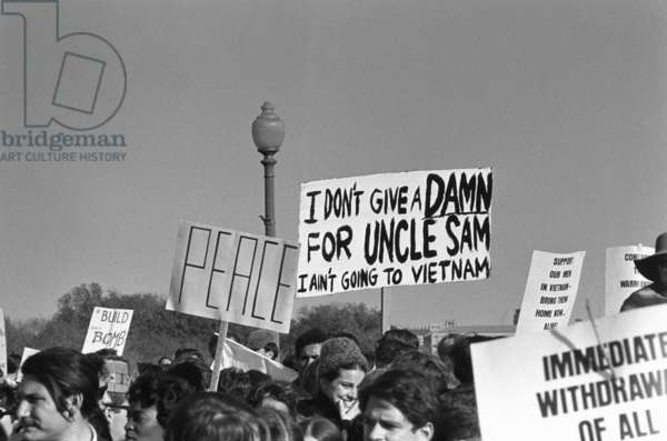 VIETNAM WAR PROTEST, 1967 Vietnam war protestors at the March on the Pentagon in Washington D.C. Photograph by Frank Wolfe, 21 October 1967.