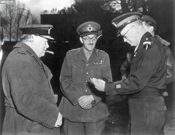 CHURCHILL & EISENHOWER British Prime minister Winston Churchill, Chief of the Imperial General Staff Field marshal Sir Alan Brooke, and Supreme Allied Commander Dwight D. Eisenhower at an unidentified location, 14 November 1944.