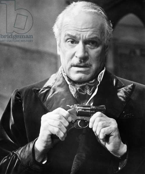 LAURENCE OLIVIER (1907-1989) English actor. Laurence Olivier in a scene from 'Sleuth,' 1972.