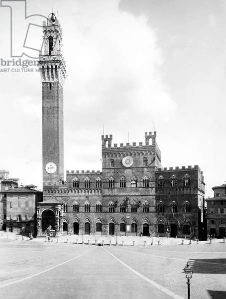 ITALY: SIENA, 20th CENTURY The marketplace in Siena, Italy, with City Hall and its bell tower behind it, dating from 12th -14th centuries.