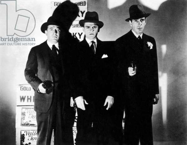 ROARING TWENTIES, 1939 Frank McHugh, James Cagney and Humphrey Bogart clearly up to no good.