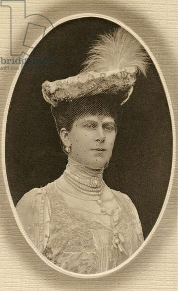 QUEEN MARY (1867-1953) Victoria Mary of Teck, Queen consort of King George V of Great Britain. Photograph.