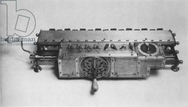 LEIBNITZ CALCULATOR Calculating machine invented by Gottfried Wilhelm von Leibnitz (1646-1716), capable of addition, subtraction, multiplication, division and the extraction of roots, 1673.