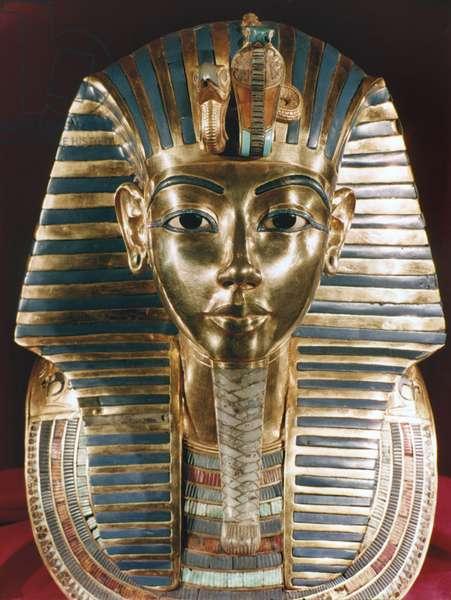 TUTANKHAMEN Gold funerary mask of King Tutankhamen, c. 1342 B.C.
