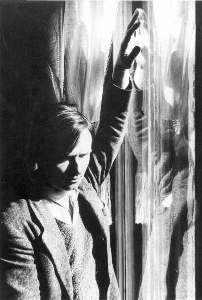 CHRISTOPHER ISHERWOOD (1904-1986). English writer. Undated photograph by Humphrey Spender.