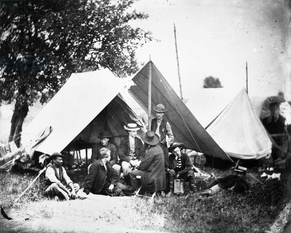CIVIL WAR: SIGNAL CORPS Members of the U.S. Army Signal Corps, photographed by Mathew Brady during the American Civil War.