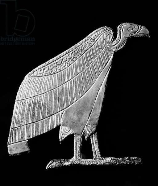 TOMB OF KING TUTANKHAMEN Sheet gold amulet in the shape of a vulture, from the Tomb of Tutankhamen, c.1342 B.C.