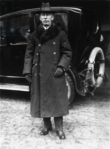 EDWARD MANDELL HOUSE (1858-1938). American diplomat. Colonel House departing for Europe in December 1915 at the behest of President Woodrow Wilson.