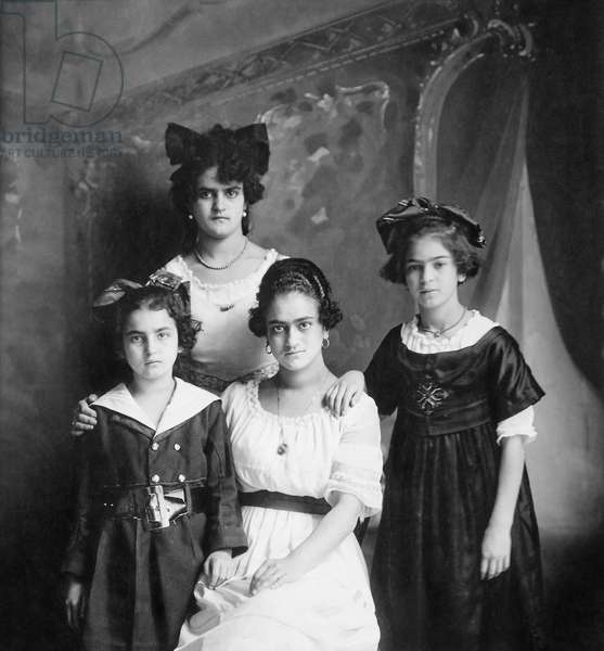 Frida Kahlo, to the right, with her sisters Cristina, Matilde, and Adriana, 1916 (b/w photo)