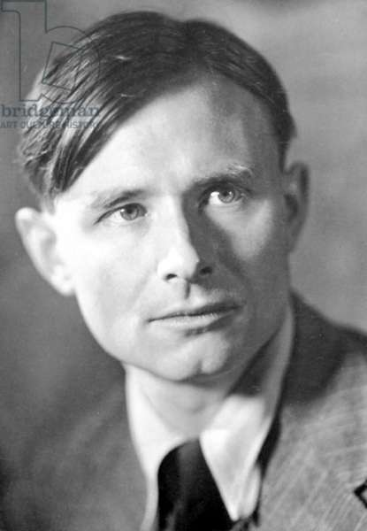 CHRISTOPHER ISHERWOOD (1904-1986). English writer.