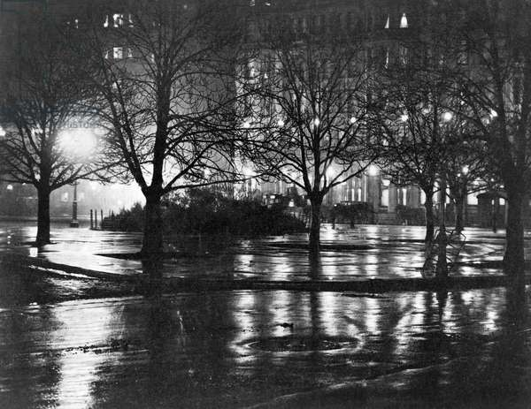 STIEGLITZ: NEW YORK, c1897 Light reflections in a park at night, New York City. Photograph by Alfred Stieglitz, c1897.