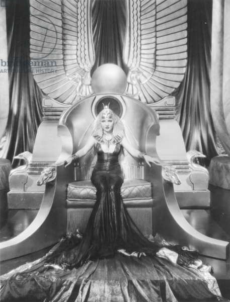CLEOPATRA, 1934 Claudette Colbert in the title role.