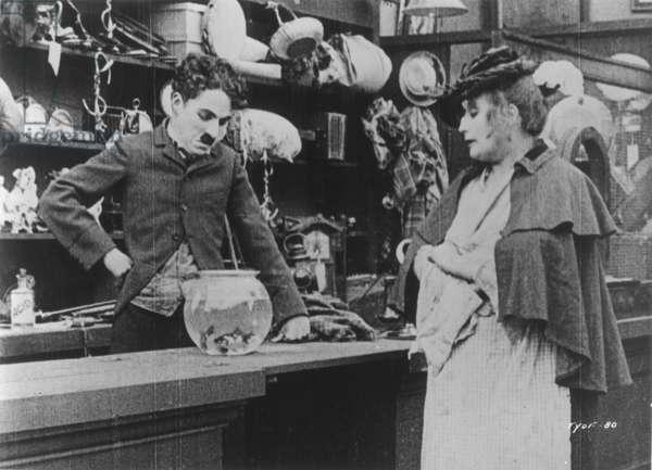CHAPLIN: 'THE PAWNSHOP' (1916).