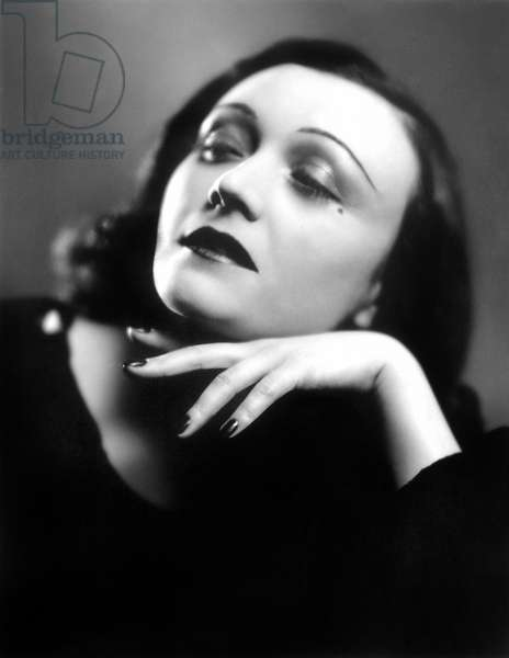 POLA NEGRI (1897-1987) Real name: Appolonia Chalupek. Polish actresss. Photograph, n.d.