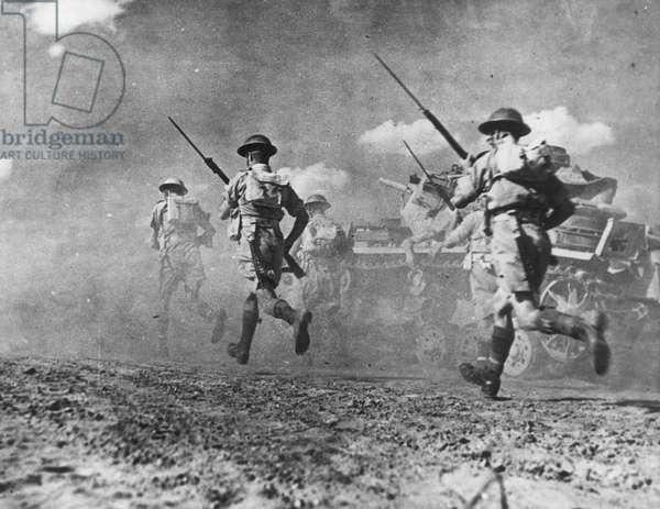WORLD WAR II: AFRICA British infantrymen in Libya, late 1942, in pursuit of General field Marshal Erwin Rommel's retreating Afrika Korps.