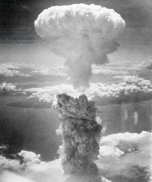 ATOMIC BOMB TEST, 1946. American atomic bomb test at Bikini Atoll in the Pacific Ocean. Photograph, 1946.