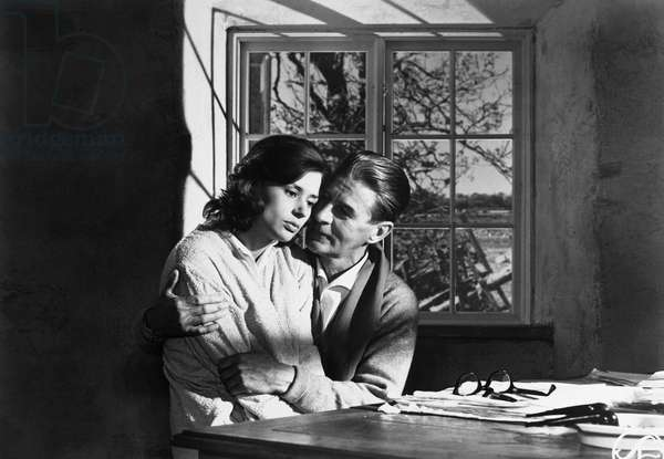 THROUGH A GLASS DARKLY Harriet Andersson and Gunnar Björnstrand in a scene from 'Through a Glass Darkly,' directed by Ingmar Bergman, 1961.