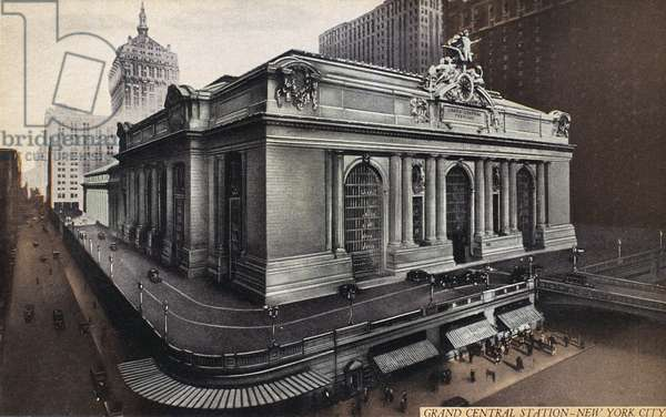 GRAND CENTRAL STATION The railroad station, completed in 1913, at 42nd Street and Park Avenue in New York City. American postcard, c.1930.