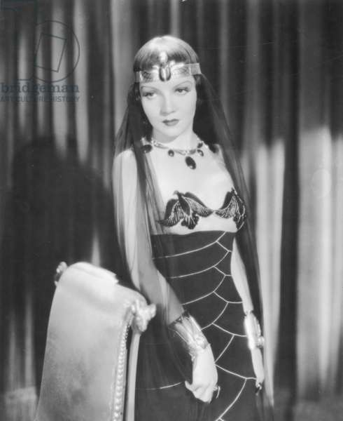 CLEOPATRA, 1934 Claudette Colbert in the title-role.