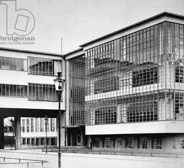 GROPIUS: BAUHAUS Walter Gropius' Bauhaus at Dessau, Germany, 1926.