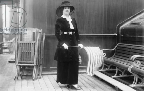 LUCY DUFF-GORDON (1863-1935). Lucy Christiana, Lady Duff-Gordon. English fashion designer and survivor of the RMS 'Titanic.'