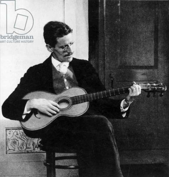 JAMES JOYCE (1882-1941) Irish writer. Photographed in Zurich in 1915.