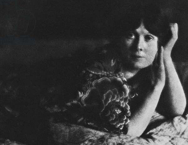 ISADORA DUNCAN (1877-1927) American dancer. Photographed by Edward Steichen, c.1910.