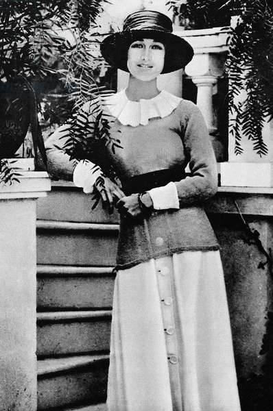 DUCHESS of WINDSOR (1896-1986). Bessie Wallis Simpson in 1919, while married to Earl Winfield Spencer.