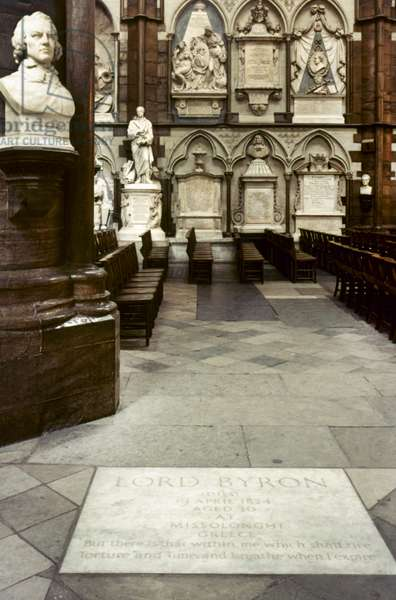 POET'S CORNER, LONDON Memorial stone to Lord Byron (1788-1824) and bust of Tennyson, Westminster Abbey, London.