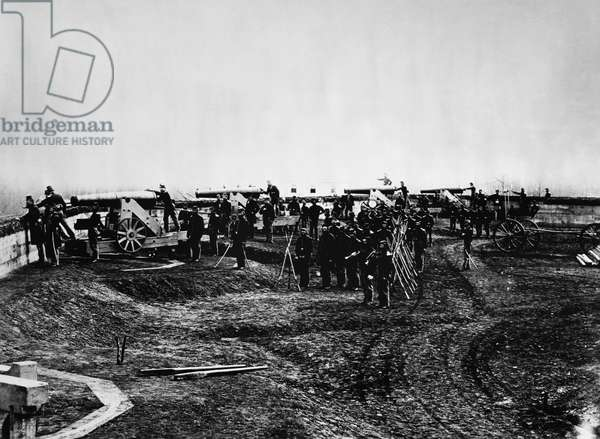 CIVIL WAR: UNION FORT Union soldiers at Fort Totten in Washington, D.C., during the American Civil War, c.1863.