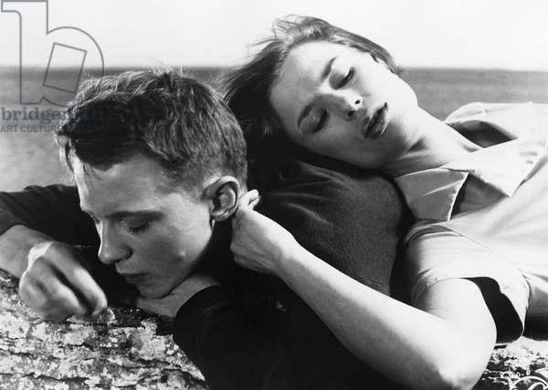 THROUGH A GLASS DARKLY Lars Passgård and Harriet Andersson in a scene from 'Through a Glass Darkly,' directed by Ingmar Bergman, 1961.