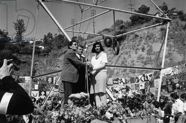 VIETNAM WAR PROTEST, 1966 Dedication of the 'Artist's Tower of Protest' in Los Angeles, California, to protest the Vietnam War. Left to right: artist Irving Petlin, Sergeant Donald Duncan and writer Susan Sontag. Photograph, 1966.
