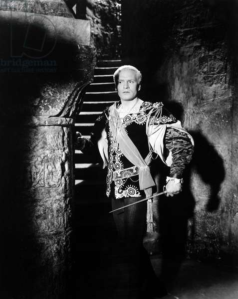 HAMLET: LAURENCE OLIVIER Sir Laurence Olivier in the title role of the 1948 production.