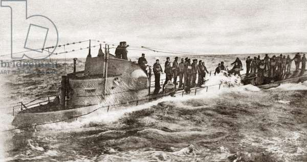 WWI: U-BOAT CAPTURE The crew of the German U-58, surrendering to the American USS Fanning, 17 November 1917.