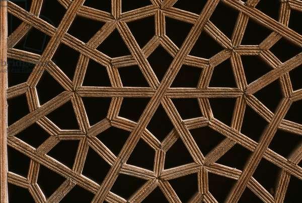 Wooden pierced screen, Palace of Chehel Sotun (photo)
