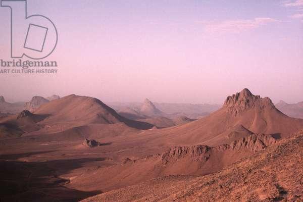 Ahaggar mountains (photo)