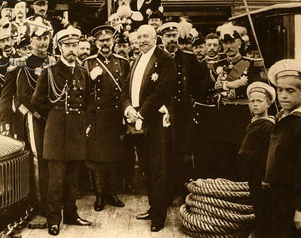 The first official photograph of the Franco-Russian alliance on August 26, 1897 aboard the French battleships Pothuau Nicolas II and Felix Faure