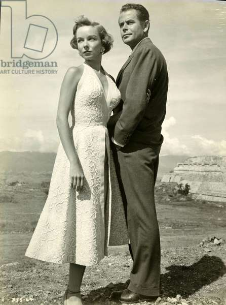 Glenn Ford American Actor 1916 2006 and Diana Lynn American Actress 1926 1971 in Plunder of the Sun Les Pillards de Mexico Film by John Farrow in 1953