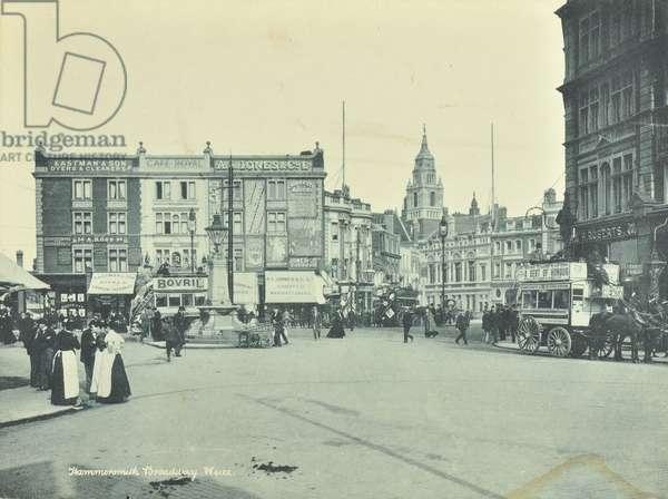 Hammersmith Broadway: looking to King Street, London, 1900 (b/w photo)