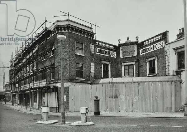 13 Battersea High Street, London, 1974 (b/w photo)