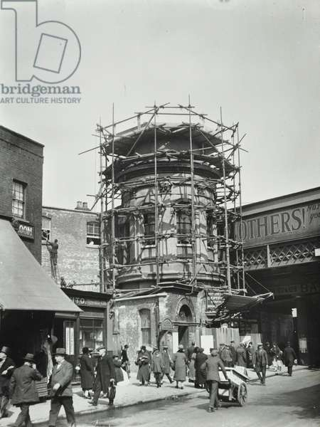 Deptford Station: demolition of the old staircase, 1927 (b/w photo)