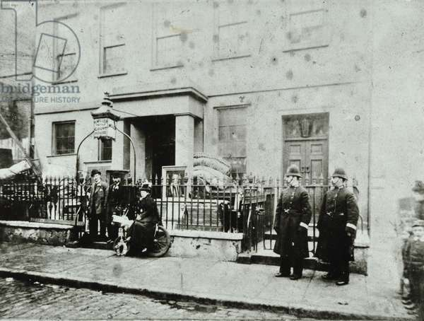 Tower Liberty: Court of Quarter Sessions of the Liberty of the Tower, Wellclose Square, 1900 (b/w photo)