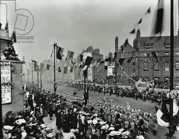 Kingsway, Westminster LB: opening ceremony, 1905 (b/w photo)