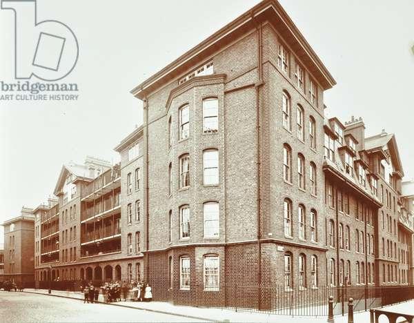 Swan Lane Estate, Rotherhithe, London, 1907 (b/w photo)