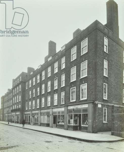 Holland Estate: exterior of Bernard House, London, 1929 (b/w photo)