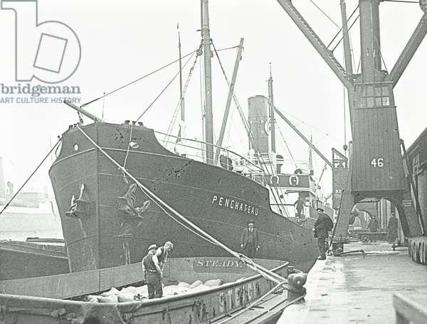 Penchateau: in dock, 1928 (b/w photo)