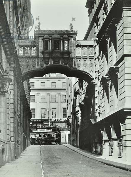Grand Hotel, Northumberland Street, Westminster LB: looking north to Strand, 1920 (b/w photo)