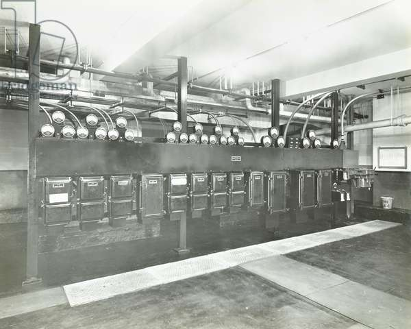 County Hall: electric lighting and heating installations, D switch room, London, 1938 (b/w photo)